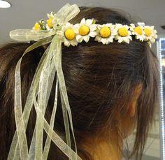 Papatya ve organze kurdeleli Bahar Tacı modelimiz.. #bahartacı #bahartaci #flower #crown #flowercrown #papatya #daisycrown