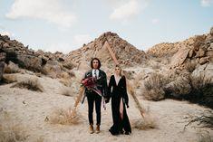 Inspiración de una boda elopement en La Rumorosa, Baja California. Baja California, California Wedding, Best Wedding Venues, Intimate Weddings, Bradley Mountain, Monument Valley, Mexico, Wedding Inspiration, Photoshoot Dresses