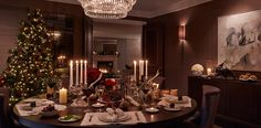 Christmas Home Style: Traditional vs Contemporary - Love Chic Living Luxury Interior, Luxury Furniture, Interior Design, Christmas Interiors, Christmas Home, Christmas Decor, Merry Christmas, Festival Decorations, Xmas Decorations