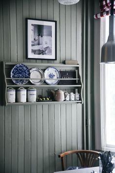 Villa strömsfors och lanseringen av L´hôtel - Lovely Life Bedroom Furniture Redo, Kitchen Furniture, Kitchen Interior, Kitchen Design, Kitchen Floor Plans, Kitchen Flooring, Kitchen Walls, Sweden House, Beautiful Interior Design
