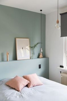 Marvelous Tricks: Chic Minimalist Bedroom Lamps minimalist home inspiration woods.Minimalist Bedroom Interior Sleep minimalist home inspiration house tours.Colorful Minimalist Home Stairs. Bedroom Green, Home Bedroom, Bedroom Decor, Green Rooms, Design Bedroom, Calm Bedroom, Budget Bedroom, Bedroom Plants, Bedroom Storage