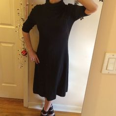 """Ralph Lauren lightweight sweater midi dress Beautiful black. No fading, wear it tear. Bust:  bust: 16"""". Waist: 14"""" hips: 19"""". Made of made of silk and cashmere. Turtleneck: 7"""". I'm not normally a fan of wedding all black but with the right accessories you can do just about anything with this. Shoulders: 4.5"""" Abd sleeves: 12.5"""". Becoming one of my favorite designers. They sure changed a lot in the past couple of years. This feels just as luxurious as it looks. Plus free gift with every order…"""