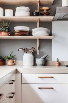 Modern Kitchen Decor : Those copper accents are giving us life. Modern Kitchen Design Accents Copper decor giving Kitchen life Modern Affordable Kitchen Cabinets, White Kitchen Cabinets, Kitchen Cabinet Design, Interior Design Kitchen, Wood Cabinets, Open Cabinet Kitchen, Kitchen Shelves, Simple Interior, Kitchen Counters