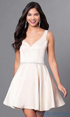adfa71d27fd6 Short Circle-Skirt V-Neck Party Dress