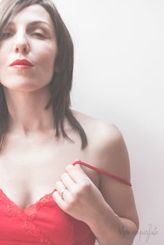 #women #selfportrait #red #me #sensual #mupho #photography #autorretrato #color #girl #face #beauty