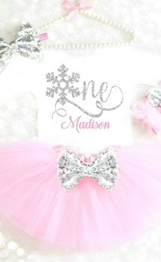 Winter Onederland Outfit - Winter Onederland Outfit Winter Wonderland Outfit First Birthday Outfit Winter Birthday Frozen Birthday Outfit Winter Cake Smash 22 Source by stephanietignorphotography - First Birthday Winter, 1st Birthday Party For Girls, Winter Birthday Parties, Girl Birthday Themes, Birthday Ideas, Birthday Photos, First Birthday Tutu, Twin Birthday, Birthday Recipes