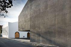 Gallery - Arquipélago – Contemporary Arts Centre / Menos é Mais Arquitectos + João Mendes Ribeiro Arquitecto - 8