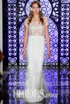 Tendance Robe du mariée  2017/2018  Reem Acra Wedding Dress  Fall 2016  Brides.com