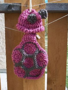 pink turtle @Lora Rambow How cute! something else for your hobby??