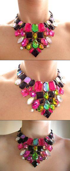 Pink and Black Necklace Rhinestone Statement por SparkleBeastDesign