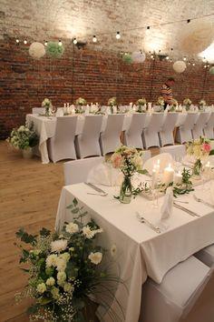 Hääsomistus Dream Wedding, Wedding Dreams, Wedding Stuff, Wedding Table, Catering, Diy And Crafts, Wedding Inspiration, Table Decorations, Flowers