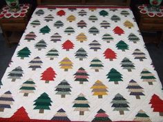 Large Hand Quilted Fall PINE TREE QUILT Lodge Rustic CHRISTMAS HOLIDAY Excellent Condition