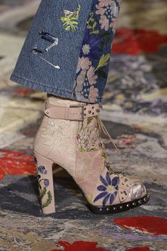 Alexander McQueen matched these embroidered blush pink boots to these jeans in his SS 2017 show, but we think they'd make a major statement paired with a clean pair of jeans and a crisp white tee!