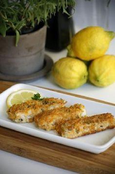 Low FODMAP and Gluten Free Recipe - Homemade gluten free fish fingers http://www.ibssano.com/low_fodmap_recipe_homeade_gluten_free_fish_fingers.html