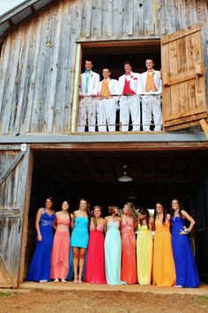 Prom Photography..i want a barn so I can take a picture like this of my children