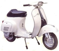 Vespa 50 special bianca. The wat my oldtimer should look like when it is finally finished