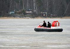 Coastal Pro Arctic -ilmatyynyalus.  Katso lisää www.rafhovercraft.fi, ilmatyynyalus.blogspot.com ja facebook.com/ilmatyynyalus