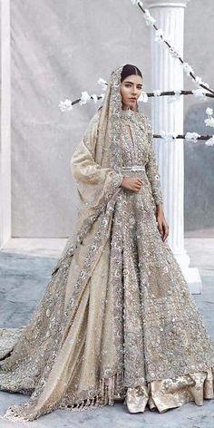 33 Pakistani Bridal Lehenga Designs to Try in Wedding - LooksGud. Asian Bridal Dresses, Asian Wedding Dress, Indian Bridal Outfits, Pakistani Bridal Dresses, Pakistani Wedding Dresses, Bridal Lehenga, Walima Dress, Wedding Ideas Asian, Ethiopian Wedding Dress