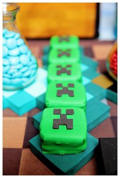 Creeper Alfajores from a Minecraft Birthday Party via Kara's Party