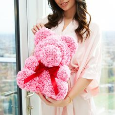 Give the lady you love a gift made of roses that will last forever! A gorgeous decorative teddy bear made of soft synthetic roses in a romantic red color. Best Valentine Gift, Bear Valentines, Special Flowers, Real Flowers, Beautiful Roses, Most Beautiful, Rose Arrangements, Luxury Gifts, Romantic