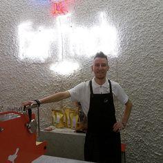 #baristalife #barista #coffee #coffeeart #fairfinch #fairfinchkiev #synessofactory #syenesso #oneway #latteartman #cupofexcellence #espresso #espressomachine by lenyx88