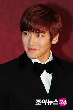 Ji Chang-wook --- 2012 SBS Drama Awards