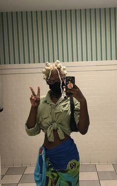 Swag Girl Style, Girl Swag, Pretty Black Girls, Black Is Beautiful, Black Girl Fashion, Look Fashion, Fashion Ideas, Mode Hippie, Grunge