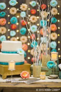 Shiny metallics will transform your wedding venue from simply sweet into swoon-worthy!