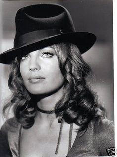 Romy Schneider...she was stunning                                                                                                                                                                                 Más