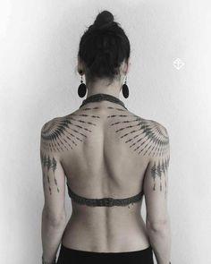 fractal body suit in progre… Tribal farn fractal piece mirrored. fractal body suit in progress. Henna Tattoo Muster, Mandala Arm Tattoo, Tatoo Henna, I Tattoo, Henna Art, Elven Tattoo, Mirror Tattoos, Body Art Tattoos, Girl Tattoos