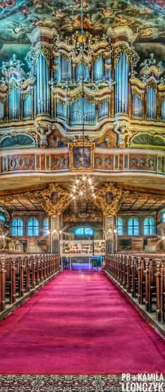 Church of Peace in Świdnica – a place where history has been made since 1652 In our church, the sacred and the profane form one harmonious whole; one that is fostered by a unique spiritual sphere where all the senses are equally important. So if you want to visit the largest wooden Protestant church inscribed on the World Heritage List of UNESCO, listen to music in a baroque interior, spend the night within 300-year-old walls Świdnica #Poland Tel./fax +48 74 852 28 14 kosciol@kosciol.pl
