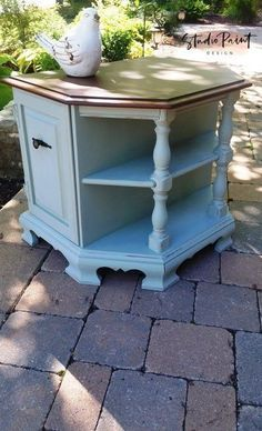 Painted Maple End Night Table Refinished End Table Country Chic Paint Blue End Table Night Stand DIY Painting Inspiration Painted Furniture Annie Sloan Chalk Paint Furniture, Blue Painted Furniture, Painted Sideboard, Painted Dressers, Refinished Furniture, Furniture Redo, Painting Furniture, Bedroom Furniture, Furniture Ideas