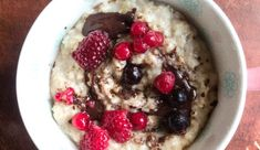A nice healthy start to the day Cooking Recipes, Healthy Recipes, Healthy Food, Steel Cut Oats, Acai Bowl, Oatmeal, Fitness, Breakfast, Iphone
