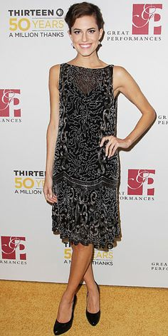 Look of the Day - November 23, 2012 - Allison Williams in Ralph Lauren from #InStyle