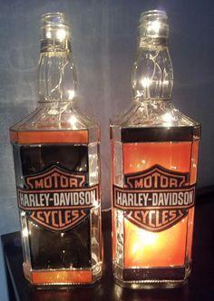 Re-Scape: BizScaper Gloria of Glo Lites creates some Fantastic bottle luminaries