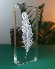 Feather - Papercut - Paper-cut - art - Papercutting - Papercraft - Paperart - Handmade - Handcut - P Pvc Pipe Crafts, Diy Resin Crafts, Plexiglas Led, Quilling Comb, Neli Quilling, Trophy Design, Laser Cutter Projects, Glass Engraving, Deco Originale