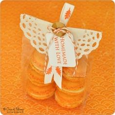 Love this idea of the paper doily, ribbon and tag for giving food gifts ...