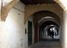 Arcos en la Medina de Tetuán, Carlos Cuerda