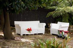 Kartell Bubble Club outdoor seating