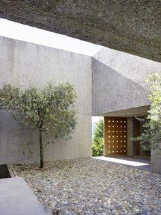 le minimalisme en architecture et en jardin moderne
