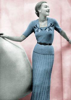 Vintage Knitting Pattern 1940s Sweater & Skirt Set