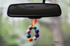 This is BRILLIANT! Make your own DIY car air freshener that is all natural! Full tutorial by Designer Trapped in a Lawyer's Body!