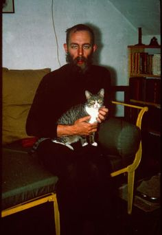 4 | 10 Delightful Photos Of Famous Artists And Their Cats | Co.Design | business + design