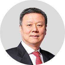 Mr. Xiaochu J. Wang is Chief Executive Officer of China Unicom (Hong Kong) Limited. Mr. Wang served as Chief Executive Officer of China Telecom Corp. Ltd. from October 29, 2004 to August 24, 2015 and served as its President since November 4, 2004 & General Manage. He was appointed in September 2015 as an Executive Director, Chairman and Chief Executive Officer of China Unicom. China Unicom, October 29, Chief Executive, Hong Kong, Presidents