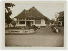 Rumah belanda di Dago