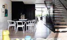 salle-manger-bois-noir