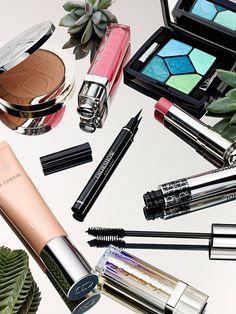 Dr - art direction beauty shots, k beauty, beauty make u Dior Makeup, Beauty Makeup, Looks Kylie Jenner, Salon Quotes, Bath And Beyond Coupon, Perfume, Beauty Shots, Beauty Room, Beauty Photography