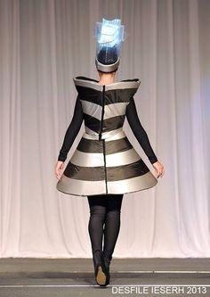 Desfile 1er año Goth, Style, Fashion, Gothic, Swag, Moda, Fashion Styles, Goth Subculture, Fashion Illustrations