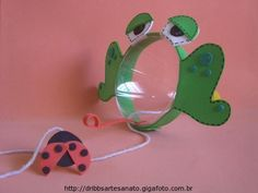 * pop bottle frog catches a fly game