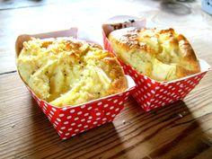 Wer von euch geht heute auch picknicken?? Wir schon und dazu habe ich diese feinen, kleinen Apfel-Schmand-Küchlein gebacken. Lust bekommen, sie nachzubacken. Dann schnell auf mein Blog: http://diegutendinge.blogspot.de/2015/05/montags-rezept-apfel-schmand.html